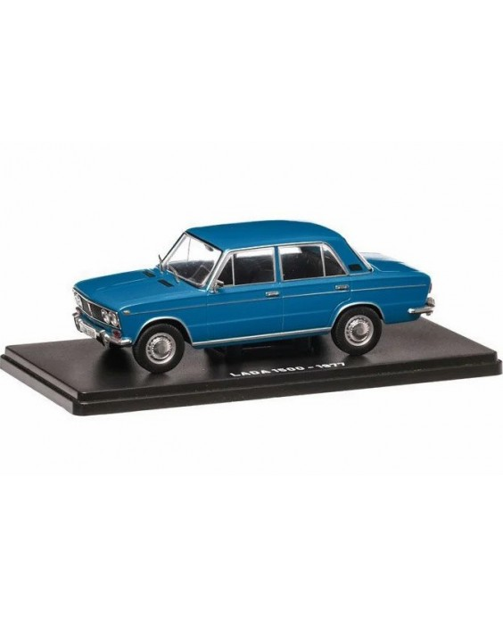 Magazin mit Modell Lada 1500