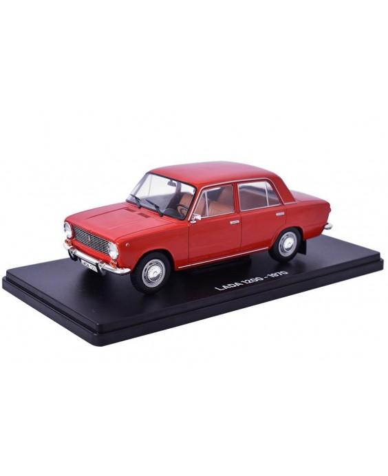 Časopis s modelem Lada 1200